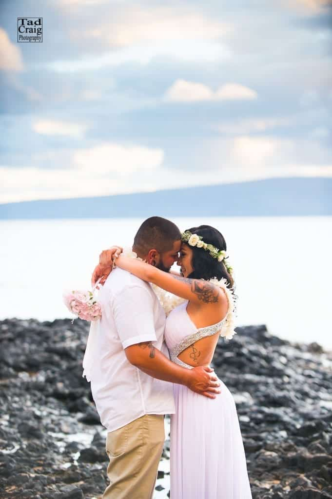 beach elopement on maui